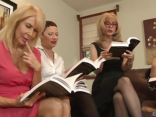 Lesbian orgy in a hotel room yon Nina Hartley and their way of age plc