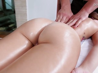All lubed hottie Kharlie Stone is eager to lure their way masseur for steamy sex