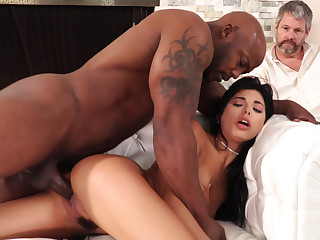Interracial cuckold craziness