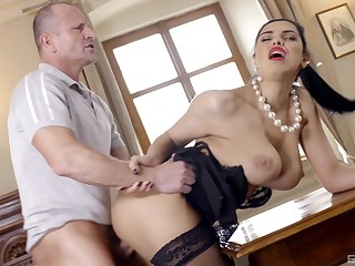 Secretary Kira Queen close to glasses and stockings fucked vulnerable the table