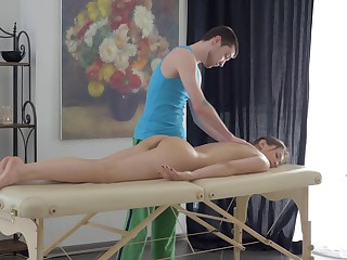 Naked girl leaves masseur to fuck her tiny holes