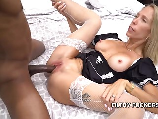 Mary Fucks Her Stepbrother In A French Sheila Unalterable