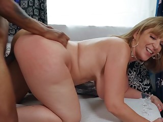 Married BBW Sara Jay gets it on with a hung store staff member