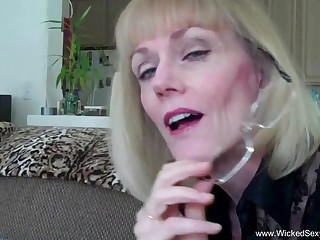Wicked Sexy Melanie loves anent upon oral awe anent a cock