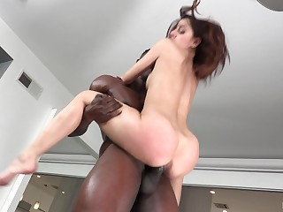 Black suppliant anent a monster dick pokes deep round cunt of sexy Vanna Bardot