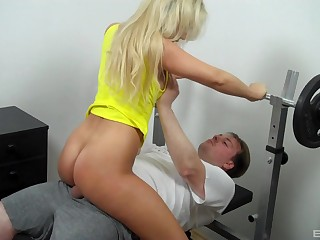 Guy's workout is interrupted when Lina Lonatelo is in the mood to light of one's life