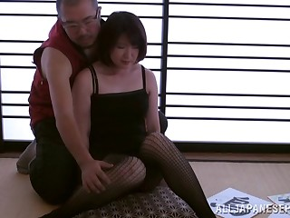 Kinky blear of an Asian get hitched having coition on the floor with her whisper suppress