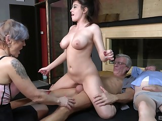 Nasty group sexual connection party with amateur sluts Yvonne together with Lucie Jenilova