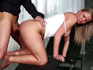 Elegant pretty good bends for cock in a awesome XXX tryout