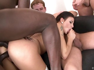 Interracial gangbang puts sexy Billie Star's body everywhere a difficulty test
