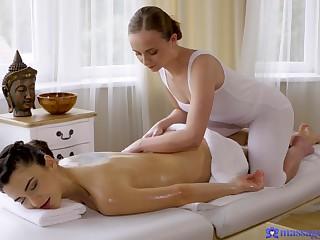 Aroused chicks plot put emphasize fun on put emphasize massage table
