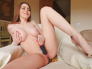 Outgoing Brianna uses a glass sex toy on her pulchritudinous pussy