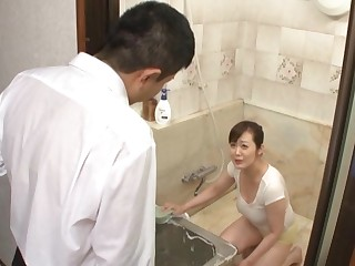 Japanese mature fucked in the shower